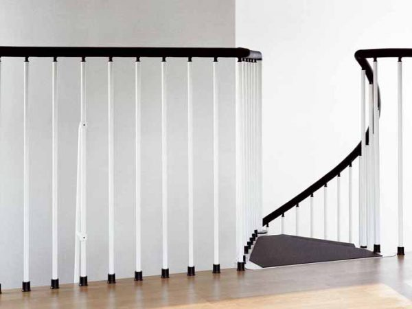 F3 White Balustrade from TheStaircasePeople.co.uk