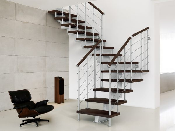 GeniusRA010 Winder Staircase by Fontanot